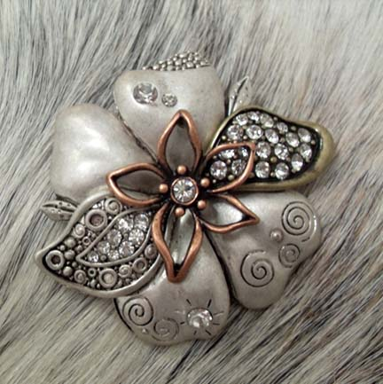 Magnetic Pendant Silver Copper Rhinestone Flower
