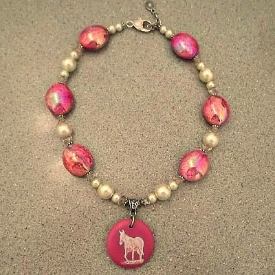 Pink Swirls and Pearls Mule Necklace