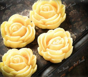 1 Ivory Yellow Rose Resin Flower Cabochon